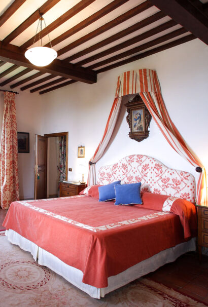 Hotel room queen size bed tuscany.