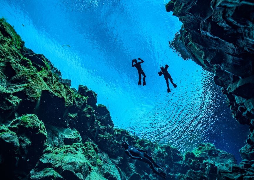 2 snorkelers in Iceland underview